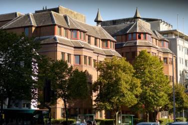 Cardiff Sixth Form College, Уэльс