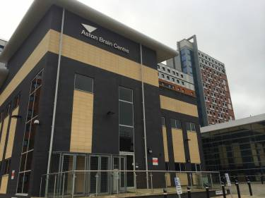 Aston University, Бирмингем