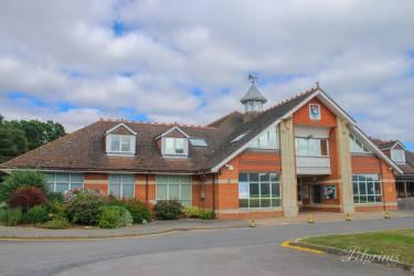 Kent College Pembury, Ройал-Танбридж-Уэльс