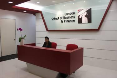 London School of Business and Finance Singapore, Сингапур