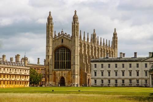 Как поступить в элитные университеты Russell Group?