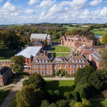Marlborough College Summer Camp, Ньюбери