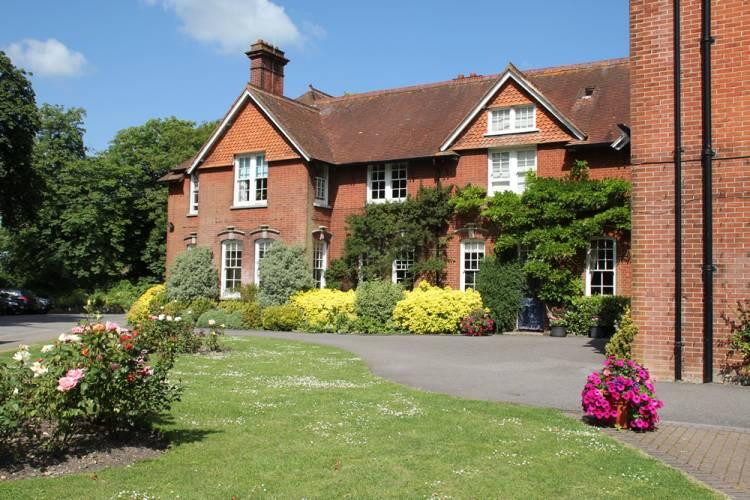 Highfield School, Хэмпшир