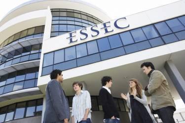 ESSEC Business School, Сент-Понтуаз