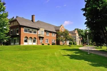 Fulford Academy, Онтарио, Броквилл