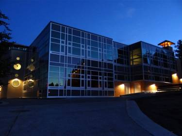 Brentwood College School, Милл Бэй